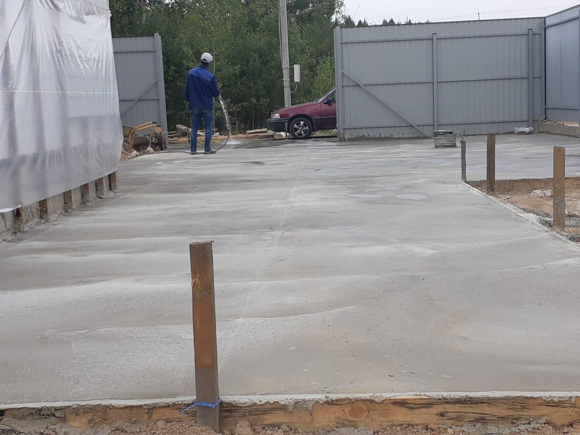 Заезд из бетона
